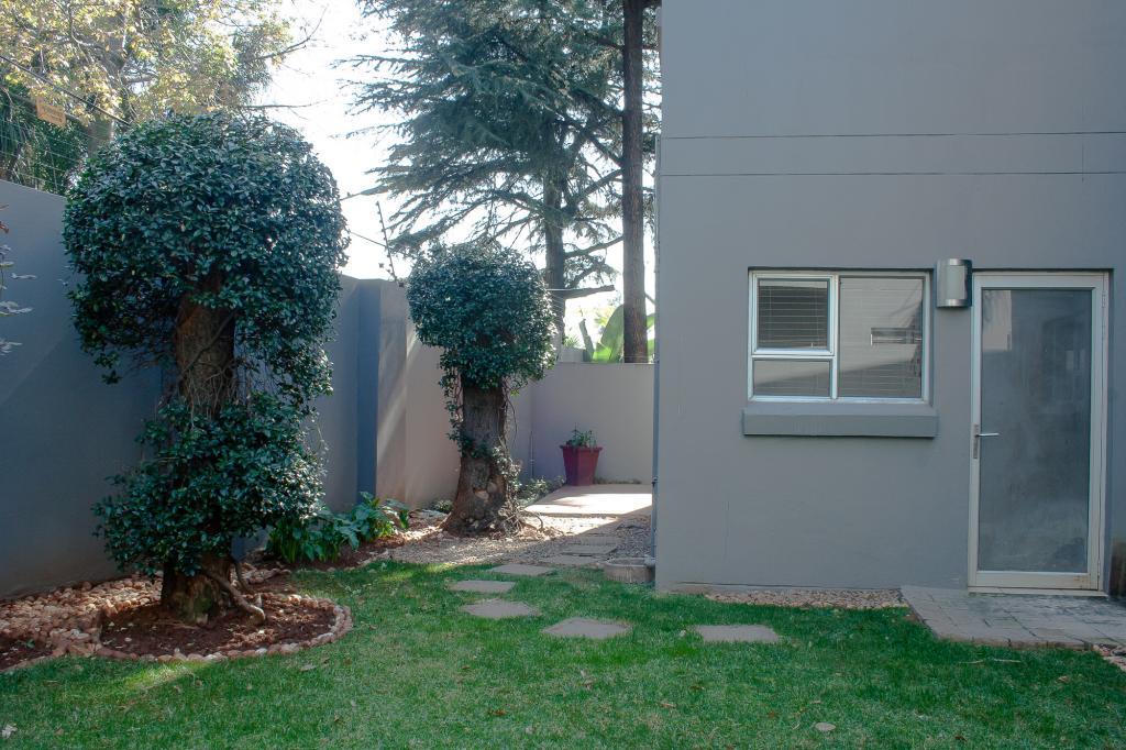 0 Zen, 2 Harper Rd, Bedfordview