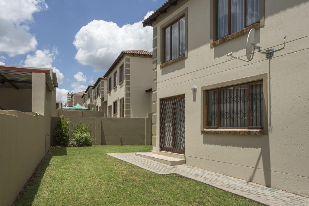 0 The Villa Olive, 1 Rietspruit Rd, The Reeds