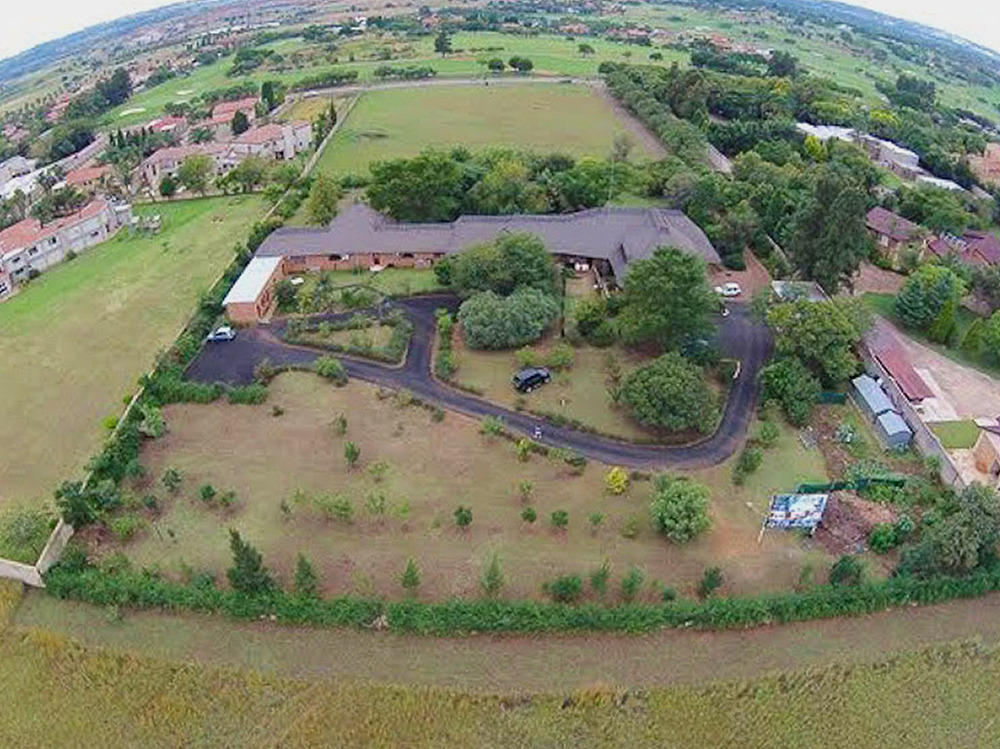 500 Hole-in-One Avenue, Ruimsig