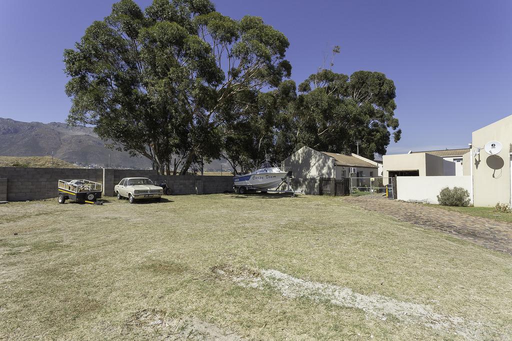 7167 Whistlewood, 1 St Andrews Dr, Fairview Golf Estate