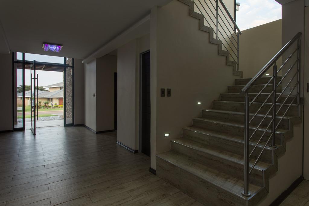 245 Oristano St, Lombardy Estate