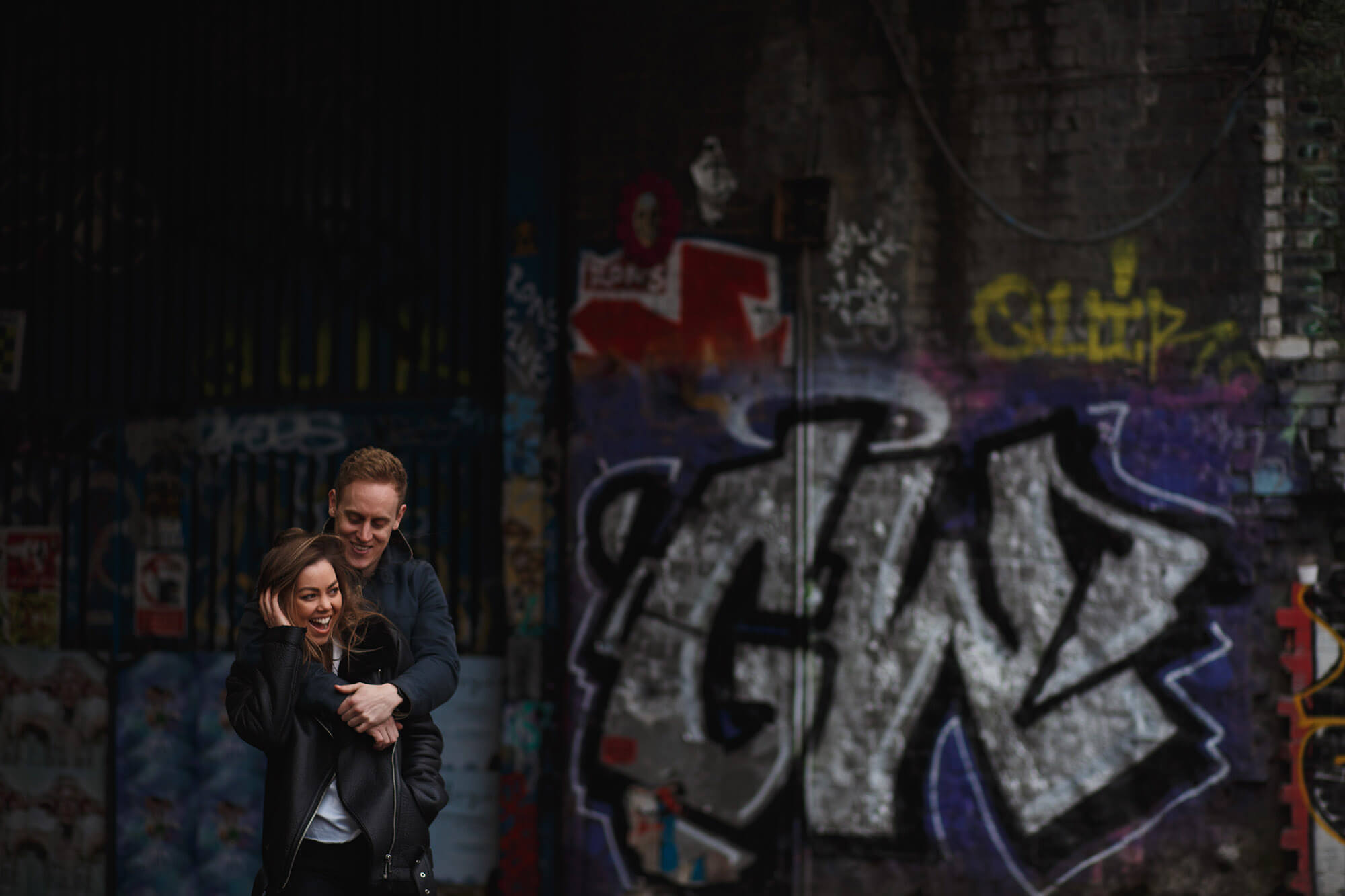 grafitti and couple