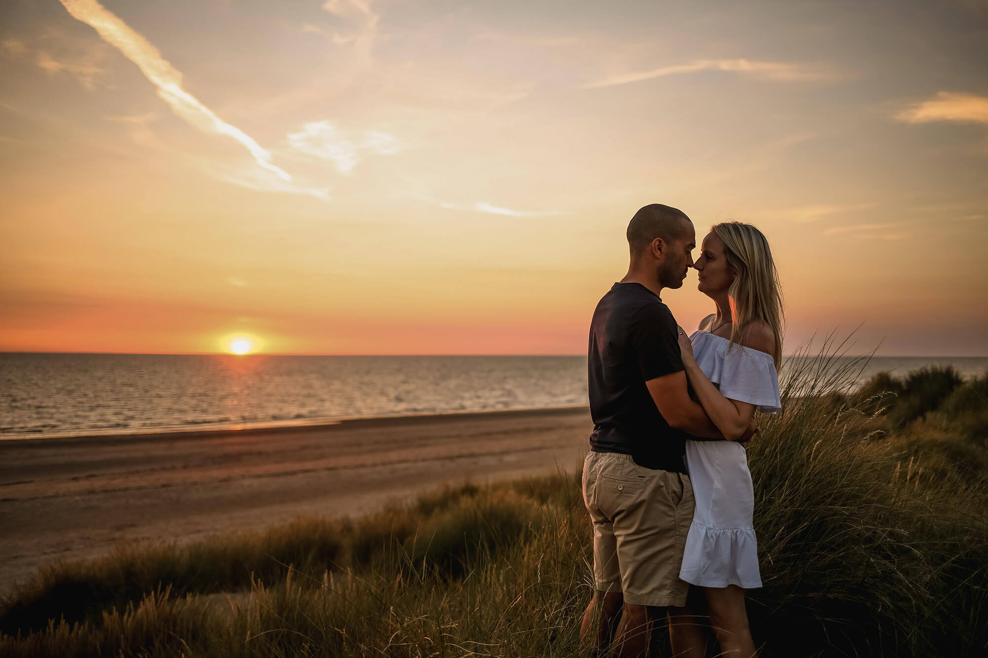 sunset photo of pre wedding shoot