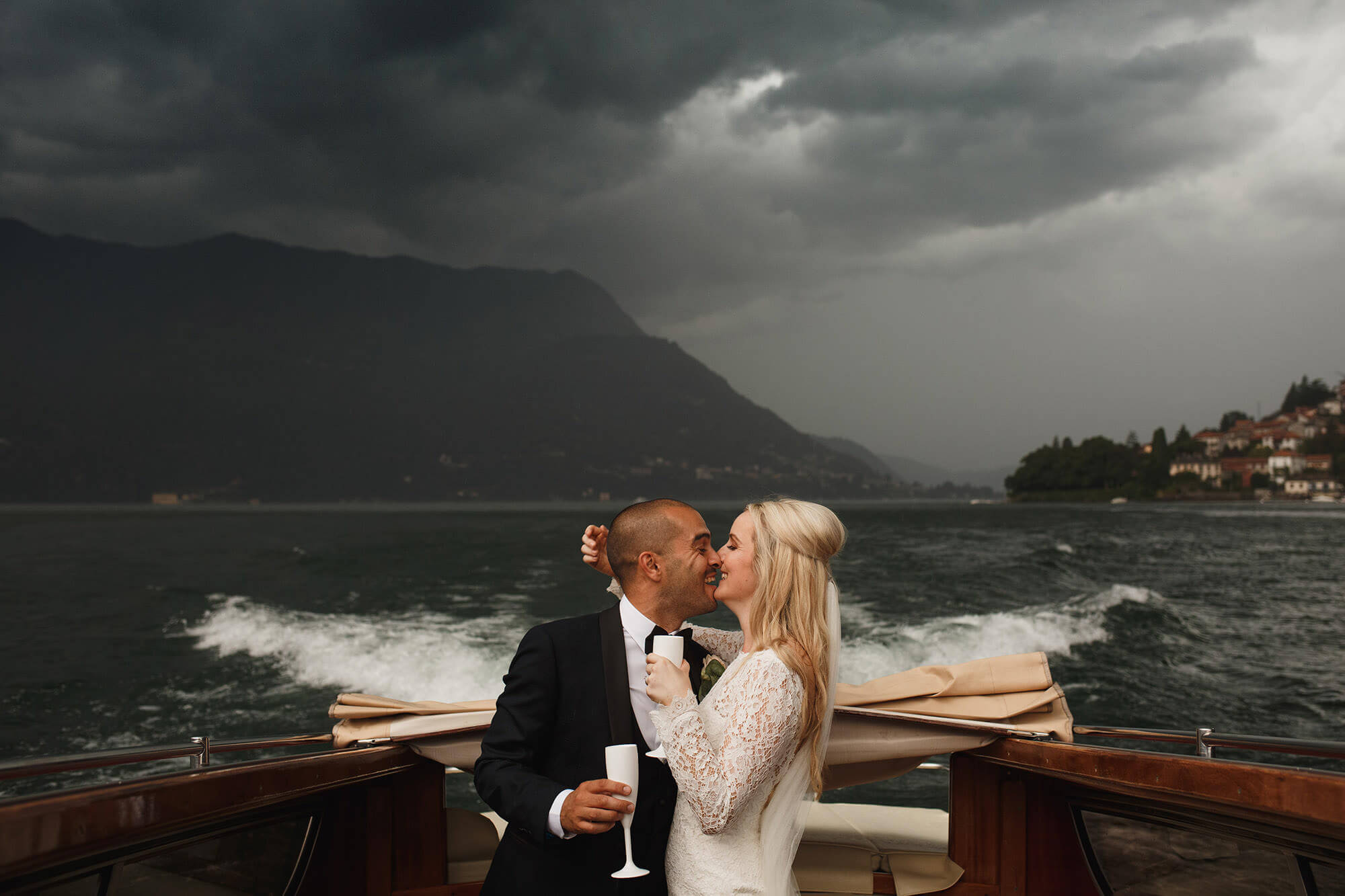 lake Como wedding boat ride