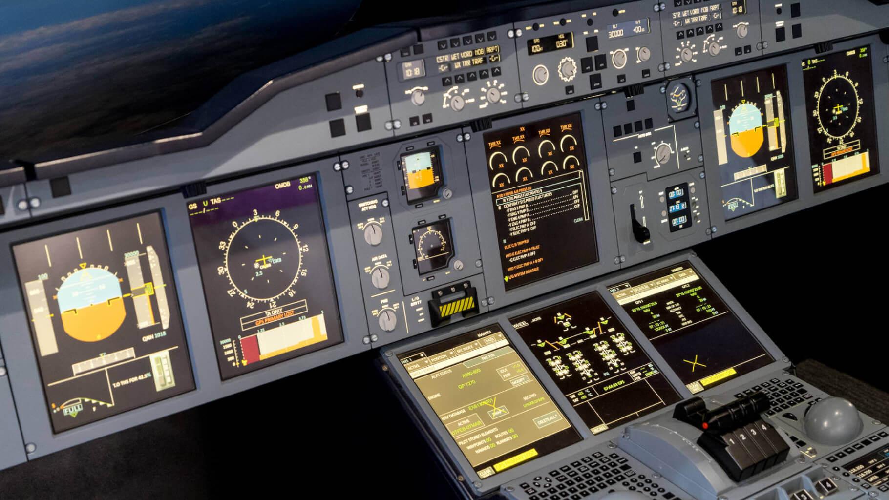 letecke simulatory boeing f-16 messerschmitt zazitkove lety