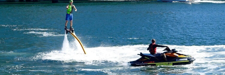 monetizace z článku Už nevíte co dělat u vody? Zkuste flyboarding!