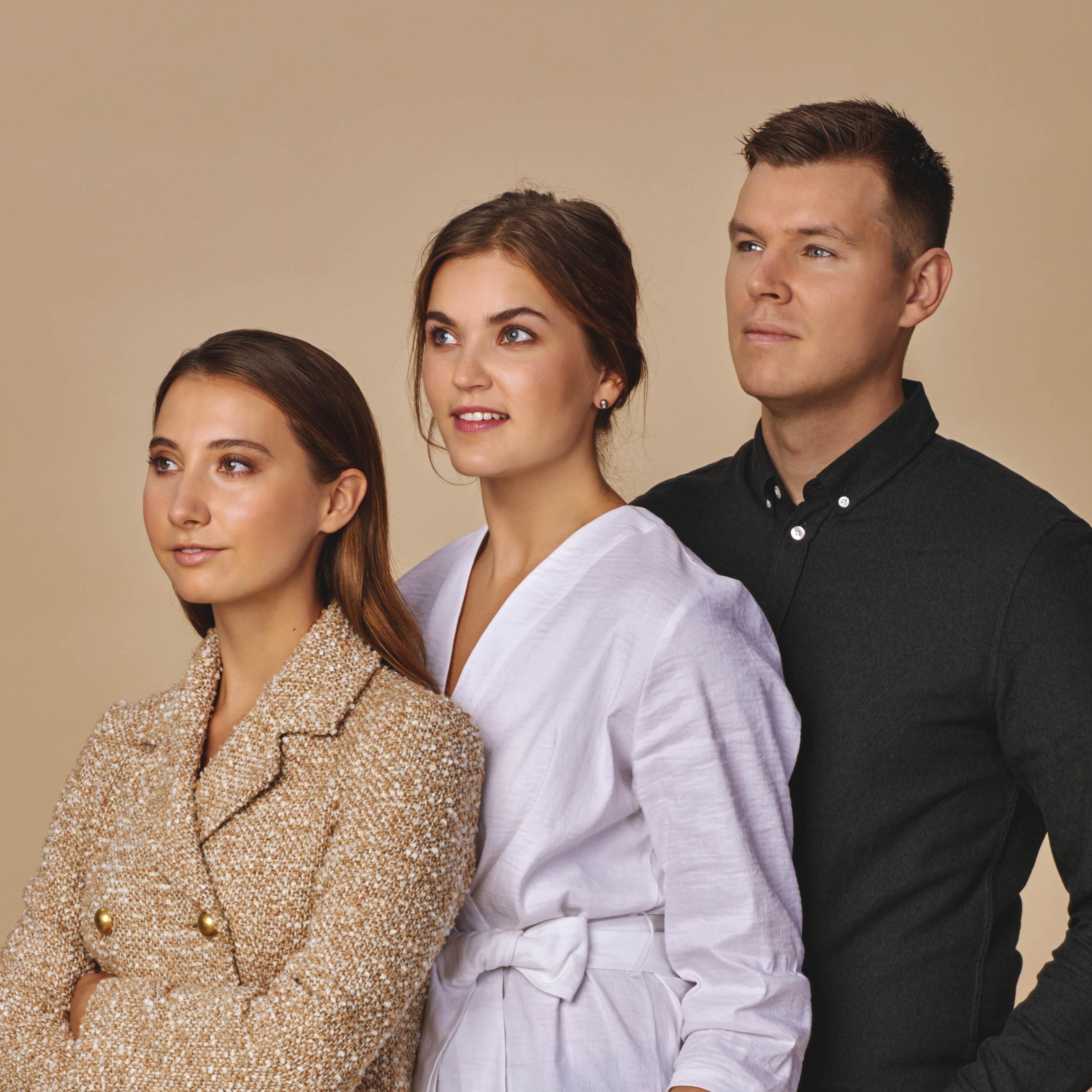 Suomi-muoti mukaan koronatalkoisiin: Voglia alkaa valmistaa suojavaatteita