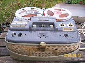 420. Telefunken, rullbandare. Typ: Magnetophone 76. Nr: ? Fotonr: 100_5891