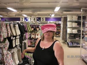 SANY0050. Mamman är i hatten.