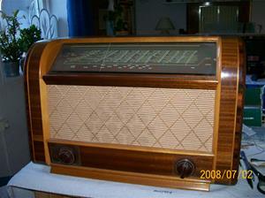 122. Luxor//Radio rörmottagare. Typ: Symfoni 395 W. Nummer: 203290. Fotonr: 100_1231.Inlagt på webben 2014-06-04.