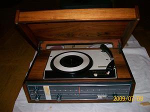 322. Eltra Samex HiFi, radiogrammofon. Typ: Bella Musica 1015. Nr: 200015 (20504). Nypris 535:-. Fotonr: 100_3679