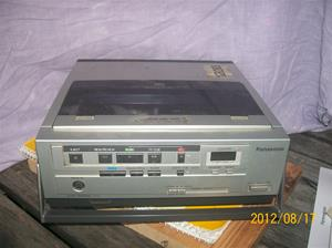 603. Panasonic, video-cassette-recorder från Sveriges Radio/Television. NV-100-E. Nr: A3 HB 00031. Fotonr: 100_9468