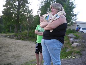 SANY0096. Emil tog ett dopp i sjön vid GEKÅS. 20/6 21:29.