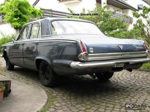 Plymouth Valiant Signet (1965) 8.