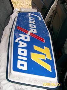 181. Luxor//Radio TV. Typ: Väggmonterad reklamskylt för utomhusbruk. Har suttit vid Klinte Radio och TV.  Nr: 181. Fotonr: 100_1118.