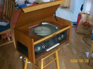 026. Skantic, radiogrammofon. Typ: S 3092 V, Pia, 75w. nummer: 804675. Fotonr: 100_1047