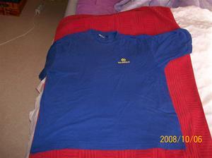 262. Däldehög, T-shirt. Färg: Djupt blå. Tillv: Tee Rex. Tillv.år: ca 2005. Fotonr: 100_2257