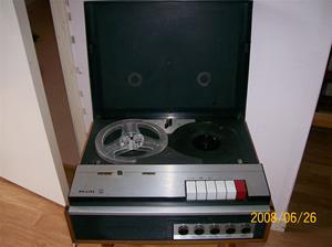 015. Philips, rullbandspelare. Typ: EL 3576A/19. Nummer: 107650. Fotonr: 100_1025
