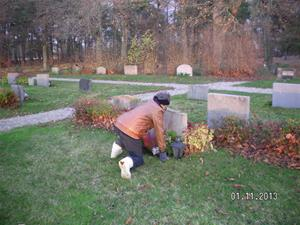 SANY0015. Vår fars grav.