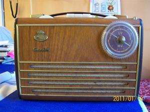 516. Monark, transistorradio. Typ: Copanion. Nr: 929610. Batterier 1,5v till radion kostade 1,75:-/st, vet ej inköpsdatum på dito. Fotonr: 100_7671