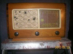 638. Skantic Radio S 25 V