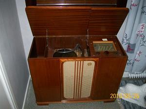 397. Luxor//Radio, radiogrammofon. Typ: M 209 L. Nr: 196 396. Grammofondel: Luxor. Typ: RO-LS. Nr: 98421. Fotonr: 100_5779
