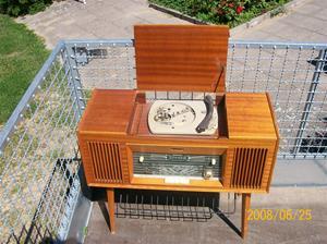 001. Centrum, radiogrammofon. Typ: 2285 70W. Nr: 285-1662. Bild nr:100_0998