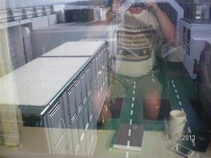 SANY0005. Som ni ser så satte vi oss längst akterut i båten. Fin utsikt över Mickes Djurtransport som antagligen hade gristransport. Av lukten på däck att döma.