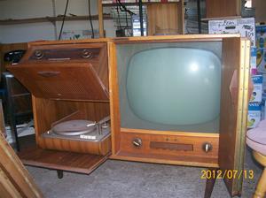 584. Dux, radio-TV-grammofon. Typ: V 5388. Nr: 212704. Fotonr: 100_9338