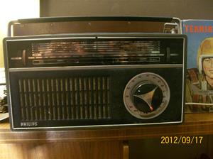 680. Philips, transistorradio. Typ: T 15 A. Nr: RS 651843. År:?/Holland. Fotonr: 100_9696.