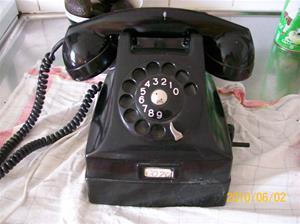 413. LM Ericsson, telefon. Typ: Svart Bakelit. Nr: 607 57. Fotonr: 100_5884