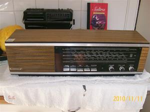 436. Grundig, alltransistor. Typ: RF 111 Alltransistor. Nr: 11-1596 GKF 68 P 908754. Fotonr: 100_7207