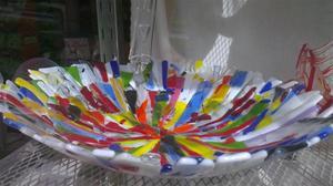 Glasskål i glada färger