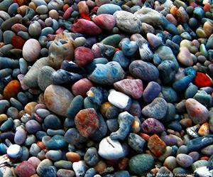 Färgrika stenar