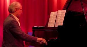 Kurt Wiklander, tonsättare och pianist.