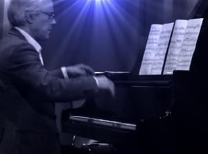 Kurt Wiklander Konstkonsert Fregatten Stenungsund. Konstfoto Gun Friederici Svantesson