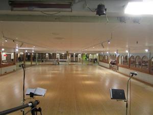 6. Det stora dansgolvet och det nya taket.