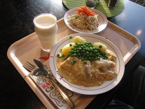 3. Nyttigt till 100% Potatis och fisk med räksås-mums!!