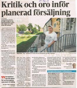 Peja i Gotlands Allehanda 2014 08 19 gällande Gotlandshems försäljning av fastigheter på Storkommunvägen i Havdhem.