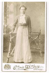 34. Theresa Cederlund, senare gift med Rudolf Båtelsson.
