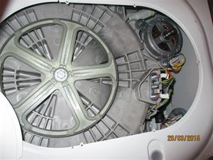 Trasig tvättmaskin. IMG_1302