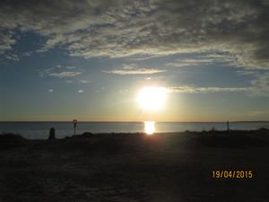 Solnedgång i Kvarnåkershamn. Dags att åka hem. IMG_1548