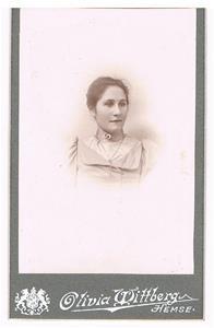 38. Lina Boström. Hermannas syster.
