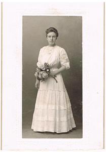 33. Theresa Cederlund. Senare gift med Rudolf Båtelsson.