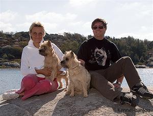 hund o oss på berg
