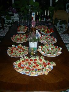 På bordet erbjöds god mat