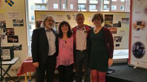 Karlsbads viceborgmästare Mgr. Klsak, rektorn Zdena Ticha samt Jarmila och Karel på vernissagen