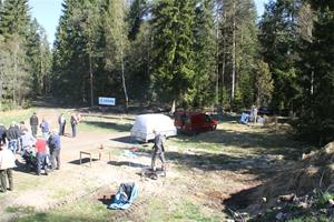 Skogsdag-av-södra-o-LRF-förevisar-ladugården-0401