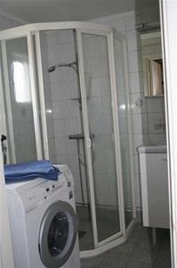Duch o tvättmaskin inne på toa
