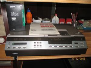 No. 48. Såld. Philips VCR 2000. (894).  IMG_8639
